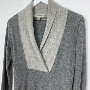 Banana Republic Cashmere Blend Sweater Size XS